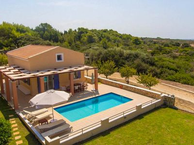 Photo for Antigoni Beach House: Large Private Pool, Walk to Beach, Sea Views, A/C, WiFi, Car Not Required