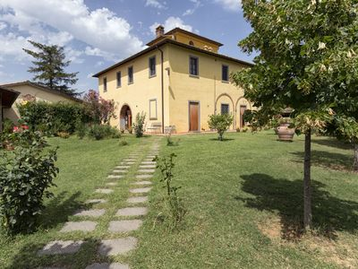 Photo for Wonderful private villa with private pool, WIFI, A/C, TV, pets allowed and parking, close to Cor...