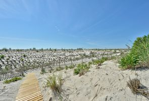 Photo for 4BR House Vacation Rental in Haven, New Jersey