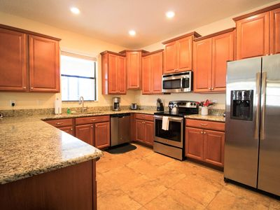 Champions Gate Resort 6 Bedroom Vacation Home with Pool (1763)
