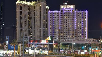 Photo for Take An Exciting Trip To Vegas: Polo Towers Villas