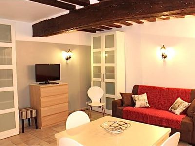 Photo for Charming, cosy, quiet Apartment with WIFI close to Louvre RUE SAINT HONORE with one bedroom