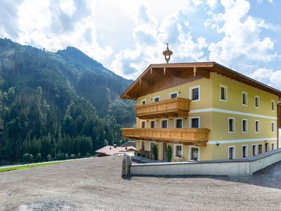 Photo for Spacious in Saalbach-Hinterglemm with Ski boot heaters