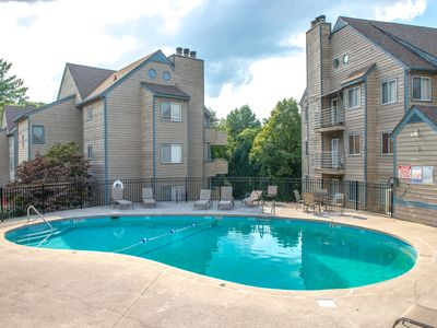 Photo for Mountain view condo w/ shared indoor/outdoor pools & hot tub