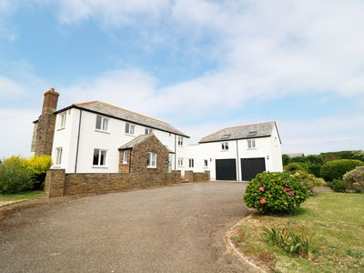 Photo for PENHALLICK HOUSE, pet friendly, with a garden in Tintagel, Ref 982206