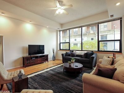 Photo for Premium 2BR Apartment in South Loop