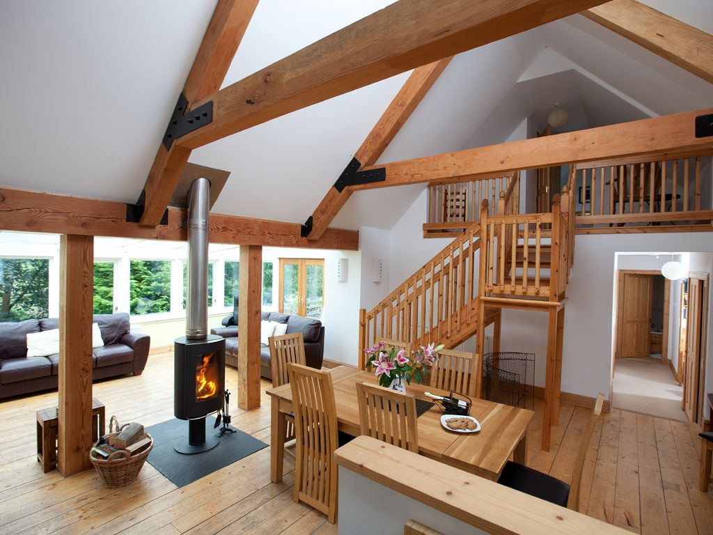 Sc2207 the byre farm cottage in the trossachs with pool - Scotland holiday homes with swimming pool ...