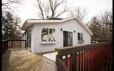 Different angle of cottage and deck