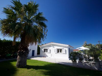 Photo for Casita Maravillosa.. 80 meters away from the golden beach of Makris Gialos.