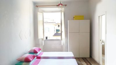 Photo for Large room in the Colosseum area, with attached private bathroom.