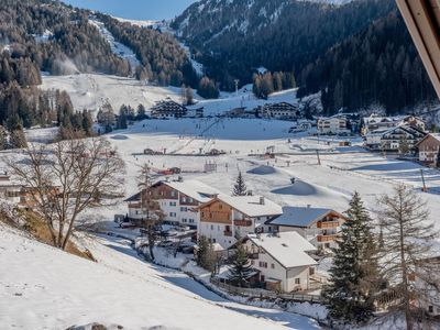 Photo for Beautiful, Ski-In/Ski-Out Chalet with Sauna, Balcony, Wi-Fi and Parking