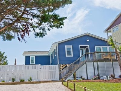 Photo for Just Enough: 4 BR / 4 BA house in Emerald Isle, Sleeps 8