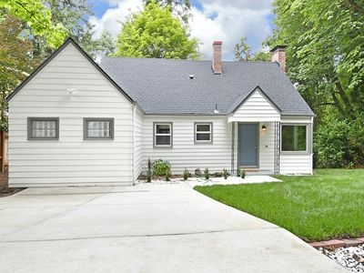 Photo for Cozy 3 Bedroom 2 Bath Home for short and long term rental