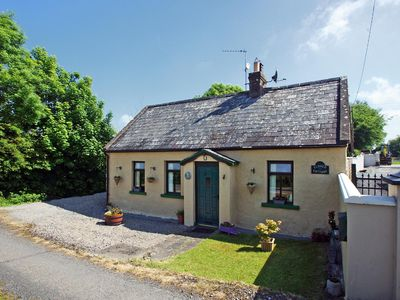 Photo for Traditional detached cottage in quiet location on cul de sac road in the heart of the Golden V…