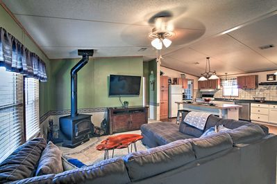 This 1,500-square-foot vacation rental home includes 3 bedrooms & 2 baths.