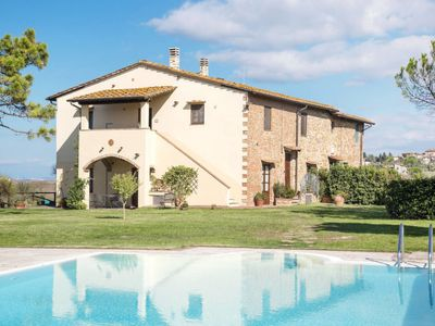 Photo for Apartment Podere Sant'Anna (MOI222) in Montaione - 5 persons, 1 bedrooms