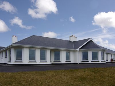 Photo for 8BR Cottage Vacation Rental in Clifden, Galway
