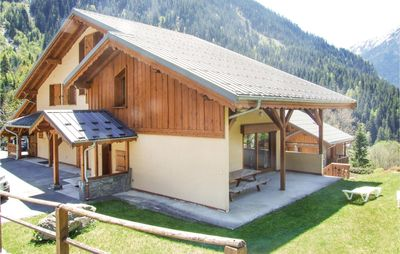 Photo for 5 bedroom accommodation in Champagny en Vanoise