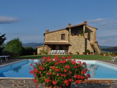 Photo for Villa Costa, Superb Villa in the heart of Tuscany.