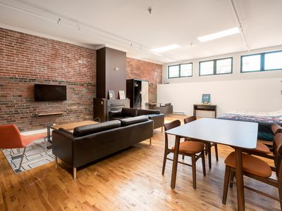 Photo for Stylish 3 beds Loft Heart of Old Montreal/Basilica