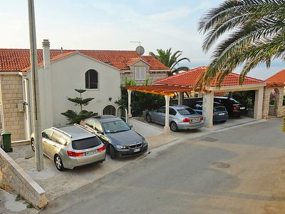 Photo for Apartment Albatros in Brač/Sumartin - 3 persons, 1 bedrooms