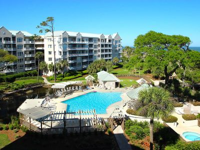 Photo for A spacious condo with community pool, hot tub, and oceanfront views!