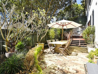 Photo for PEACEFULLY PADDINGTON- Enjoy great outdoor dining & BBQ s