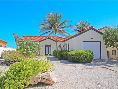 Photo for 2 bedroom villa with pool and jacuzzi Tierra del Sol