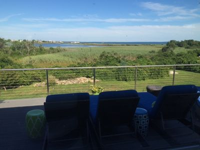Views of the pond and ocean from the deck
