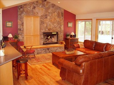 Photo for Luxury Ponderosa Pines Lodge, 5 BR/3.5 BA at the River!