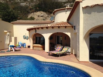 Photo for Beautiful detached villa with fantastic sea views in a quiet area