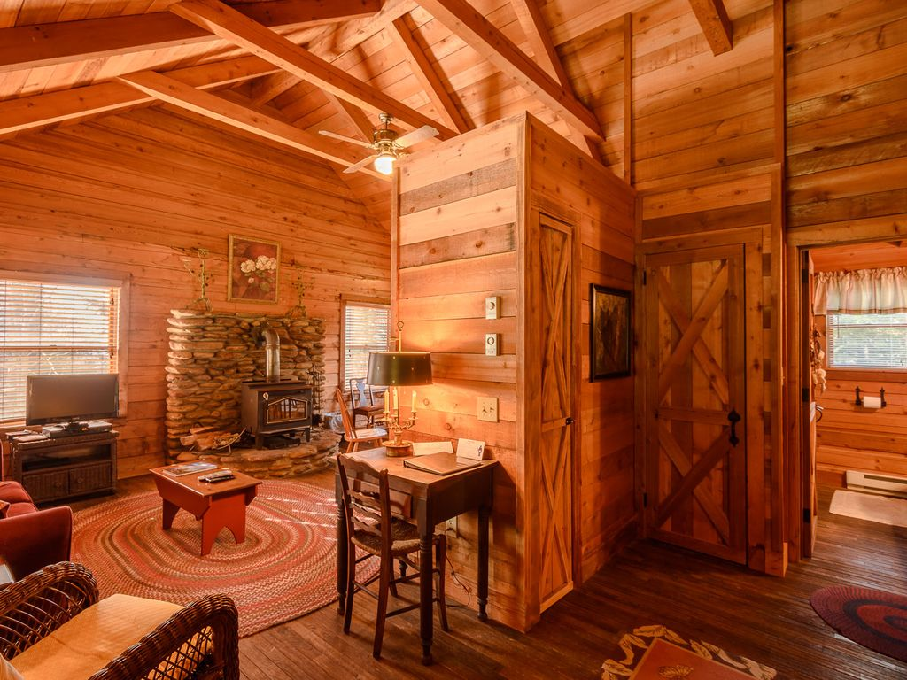 cherokee nc cabins airbnb mountain great smoky rentals log cabin mountains city old sale for secluded bryson