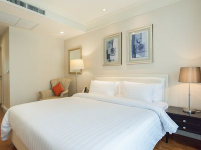 Photo for Solo 2 BR nearby BTS Chidlom & Siam Paragon