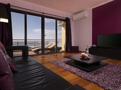 Photo for Ideal studio for couple with private parking, near the sea and hiking.