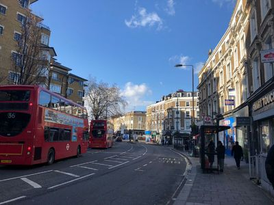 Photo for Cosy Red Flat in Central London