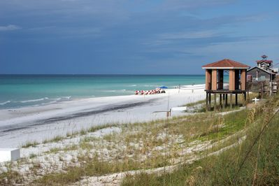 Best Beach Location And Accommodation In Destin Wifi Complementary Miramar