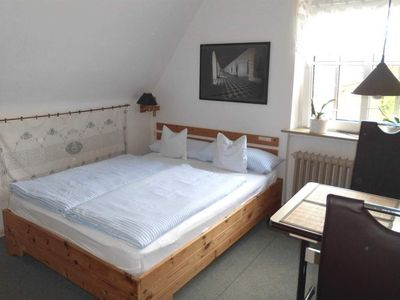 Photo for Double Room, Shared Bathroom (1) - Hate, Gudrun