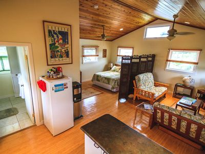 Photo for Adorable free standing Palm Cottage with full kitchen
