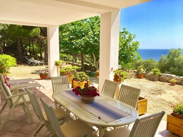 Search 1,662 holiday rentals