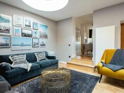 Photo for The King's Row - Quiet & Modern 3BDR near King's Cross with Garden