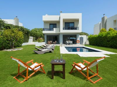 Photo for This 4-bedroom villa for up to 8 guests is located in Ialyssos / Trianta and has a private swimming