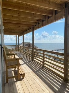 Photo for Expansive views of the Laguna Madre, Boat dock and Community pool!