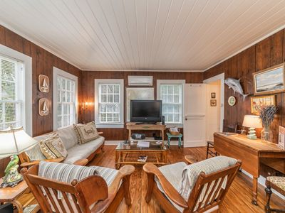 Photo for Private Creekside Cottage with Free Wifi, and screened dock perfect for couple's getaway