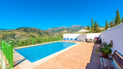 Photo for Coquettish villa with picturesque indoor and spectacular views