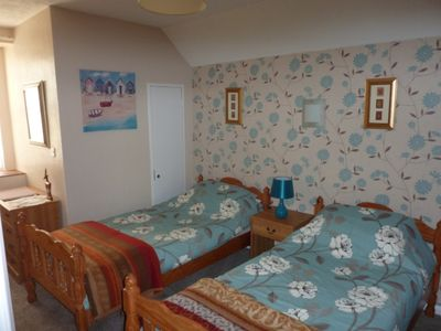 Photo for 1BR Apartment Vacation Rental in Paignton. Devon, England