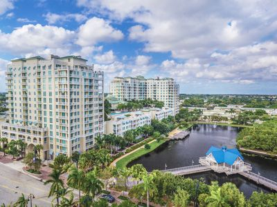 Photo for Amazing View 2/2 Condo on 11th Floor Close to the Beach