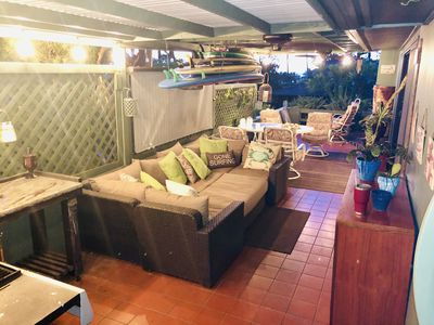 Relaxing huge covered 350 sqft patio
