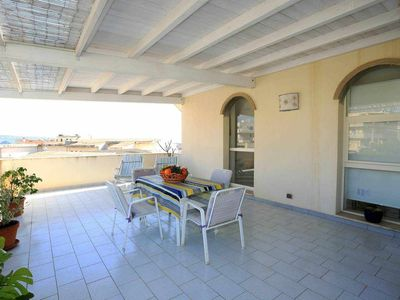 Photo for Superb house with sea view in Donnalucata