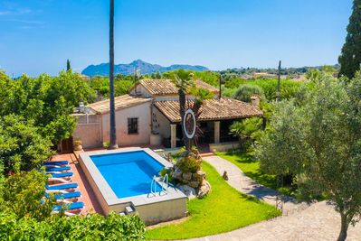 Beautiful villa with private pool, terrace, and lawn