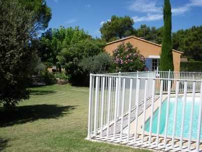 Photo for Small elegant cottage, flowery .Au quiet. Not overlooked. Pool, garden, private area